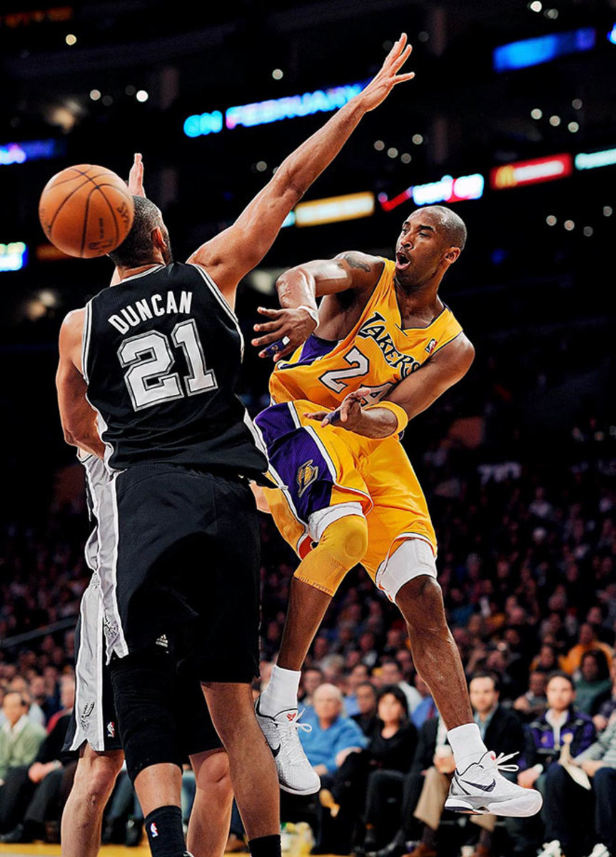 2011-0203-Kobe-Bryant-Tim-Duncan-opy2-88143-rawfinal.jpg