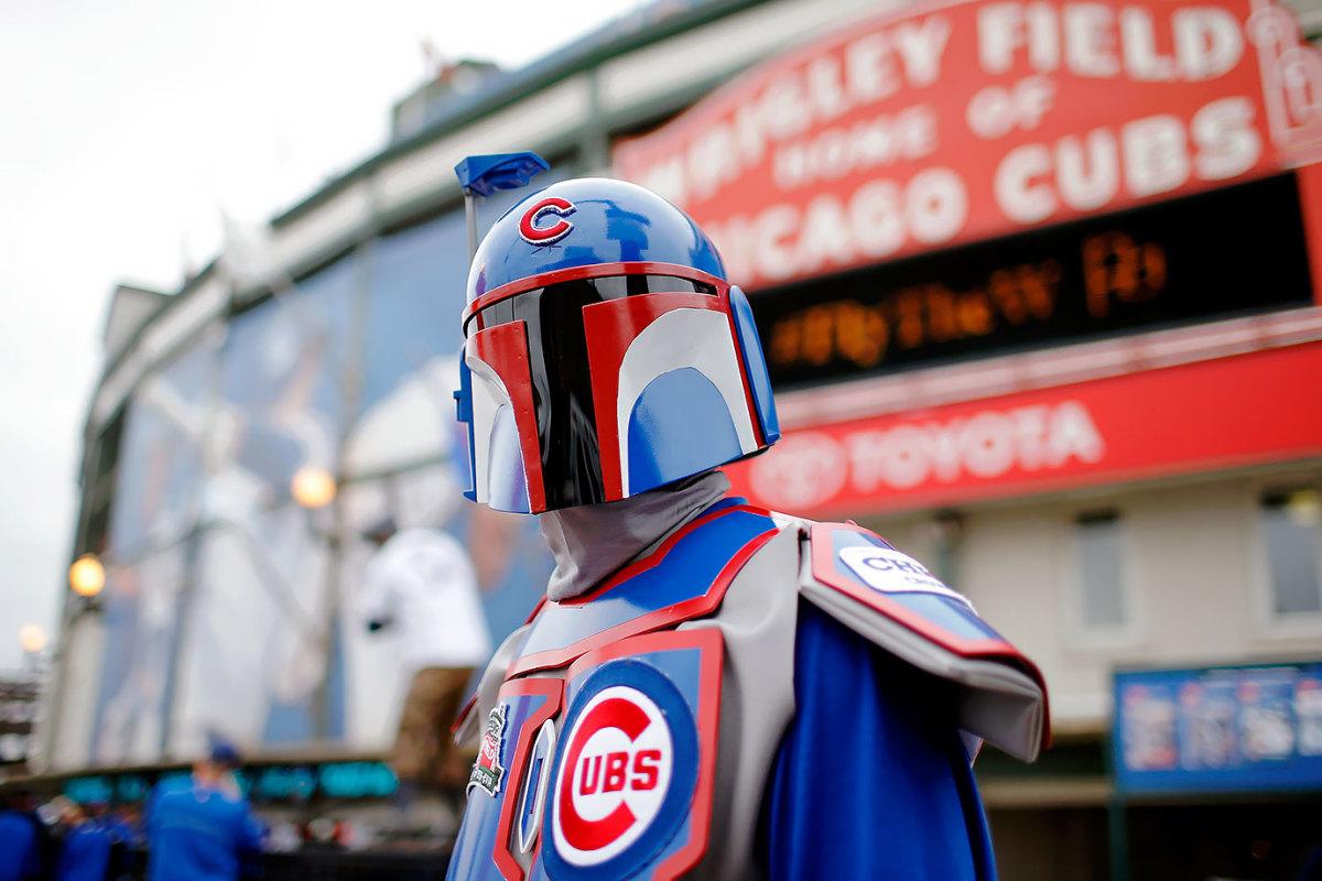 2015-1013-Chicago-Cubs-fan-Boba-Fett.jpg