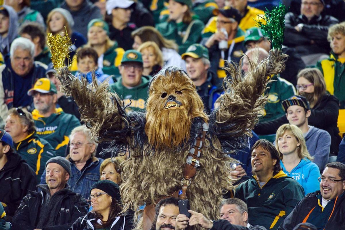 2014-0926-Edmonton-Eskimos-fan-Chewbacca-Star-Wars.jpg
