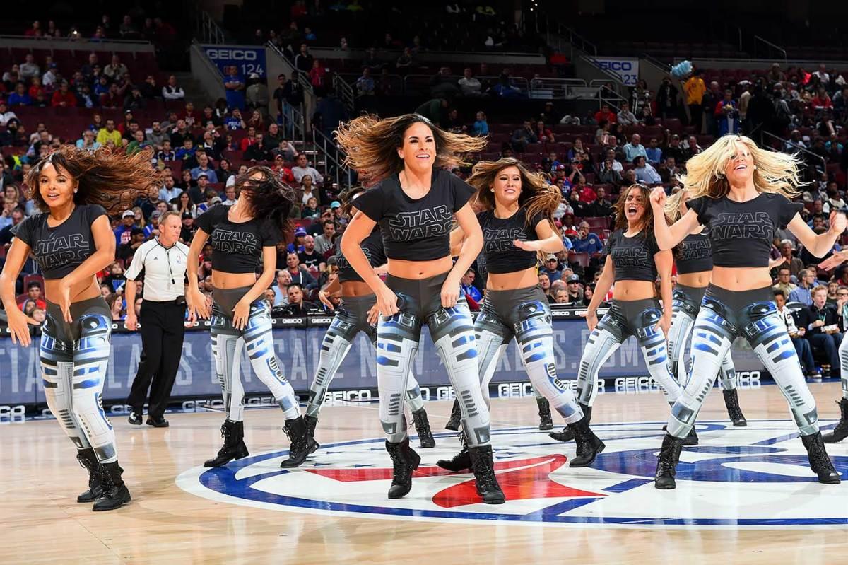 2015-1211-Philadelphia-76ers-Dancers-Star-Wars.jpg