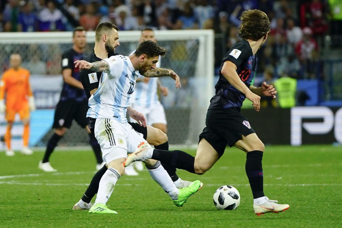 argentina-v-croatia-group-d-2018-fifa-world-cup-russia-5b31269c7134f675b700001a.jpg