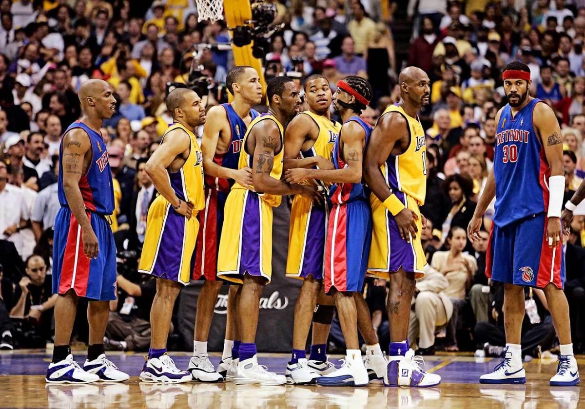 2004-0608-Chauncey-Billups-Derek-Fisher-Tayshaun-Prince-Kobe-Bryant-Devean-George-Richard-Hamilton-Karl-Malone-Rasheed-Wallace-001324762_RT8.jpg