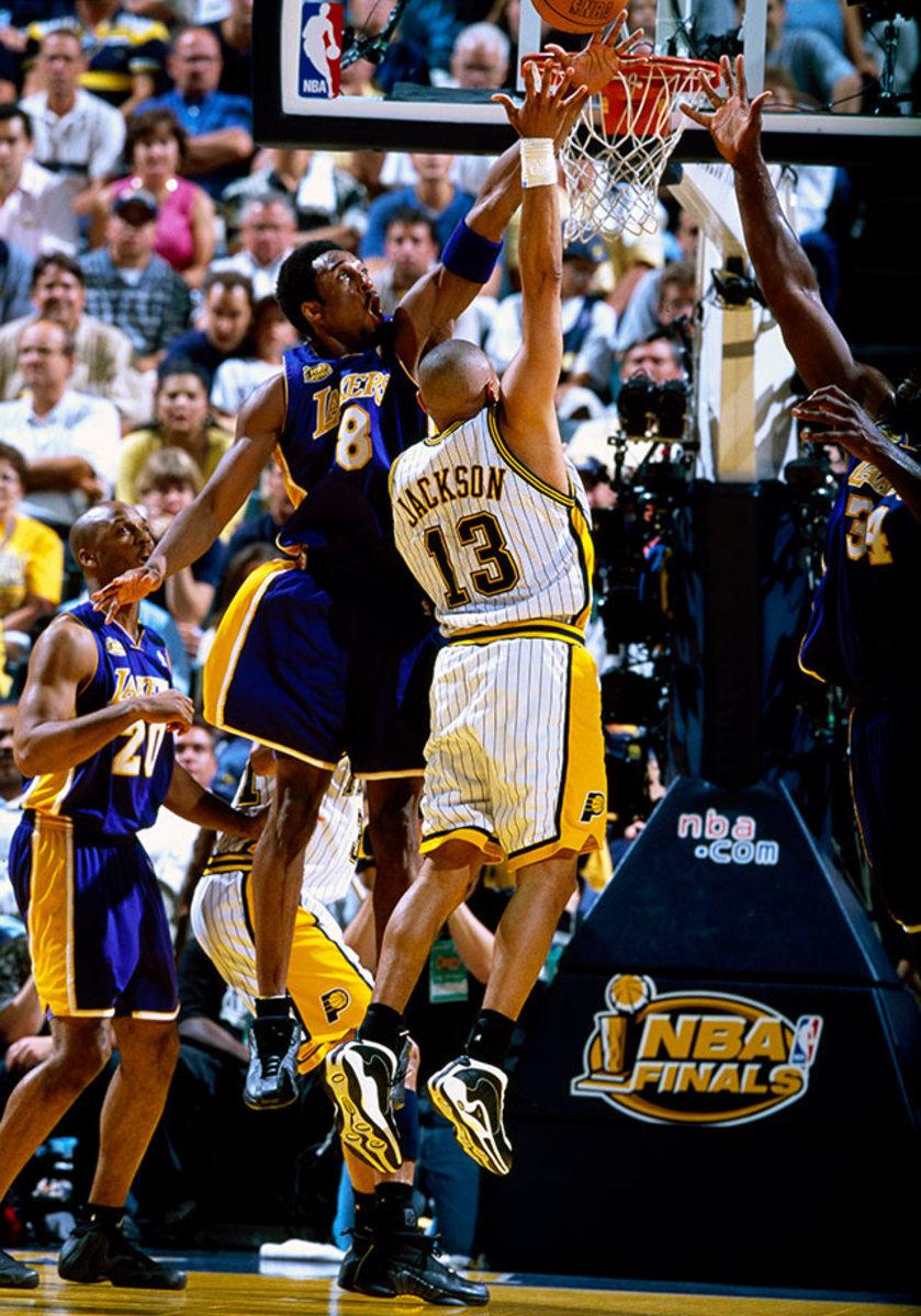 2000-0626-Kobe-Bryant-079117317.jpg