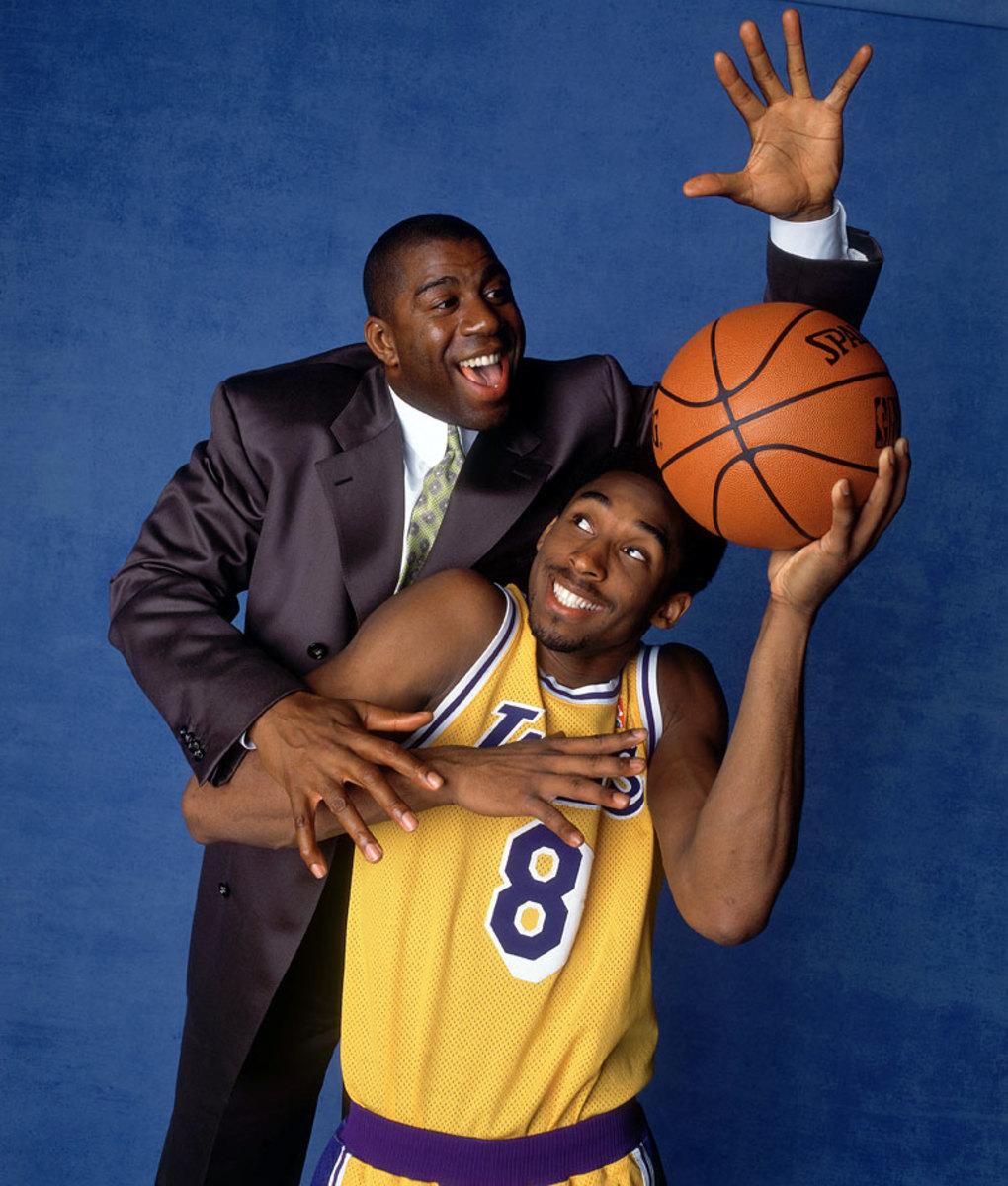 1998-0201-Magic-Johnson-Kobe-Bryant-005709594.jpg