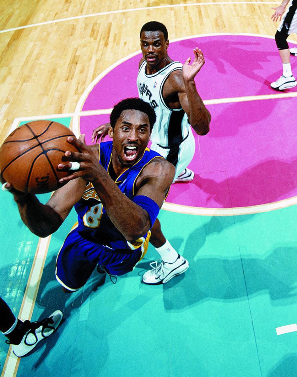 2001-0519-Kobe-Bryant-001232586rFinal.jpg