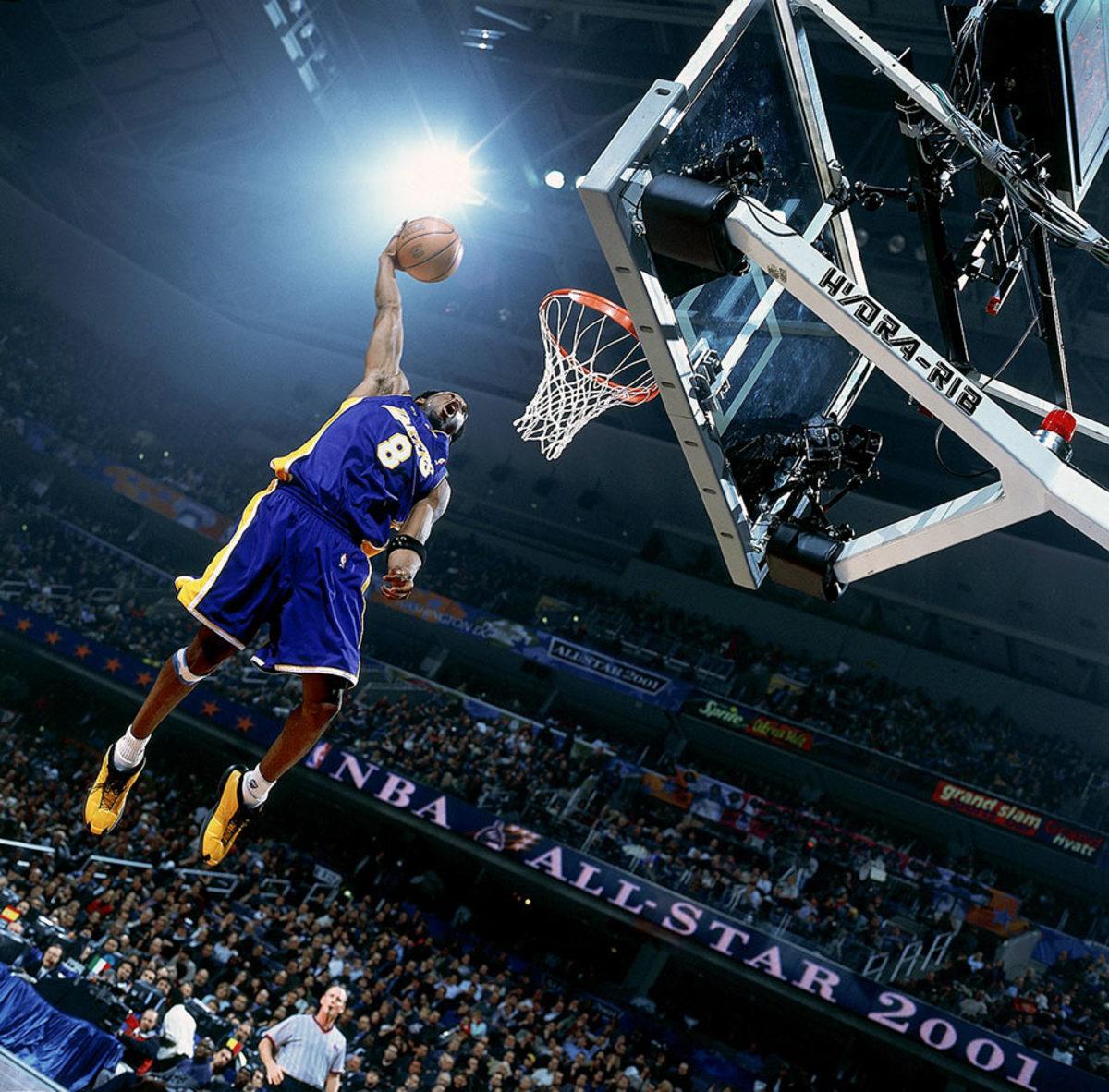 2001-0212-Kobe-Bryant-001226329.jpg