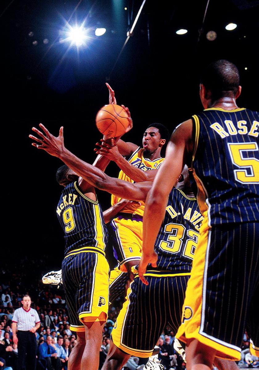 1998-0304-Kobe-Bryant-LAK022S.jpg
