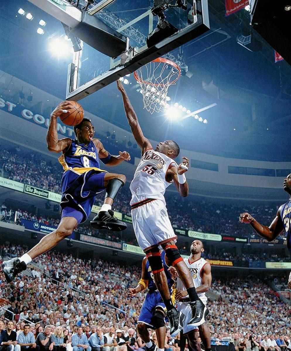 2001-0613-Kobe-Bryant-Dikembe-Mutombo-001233948.jpg