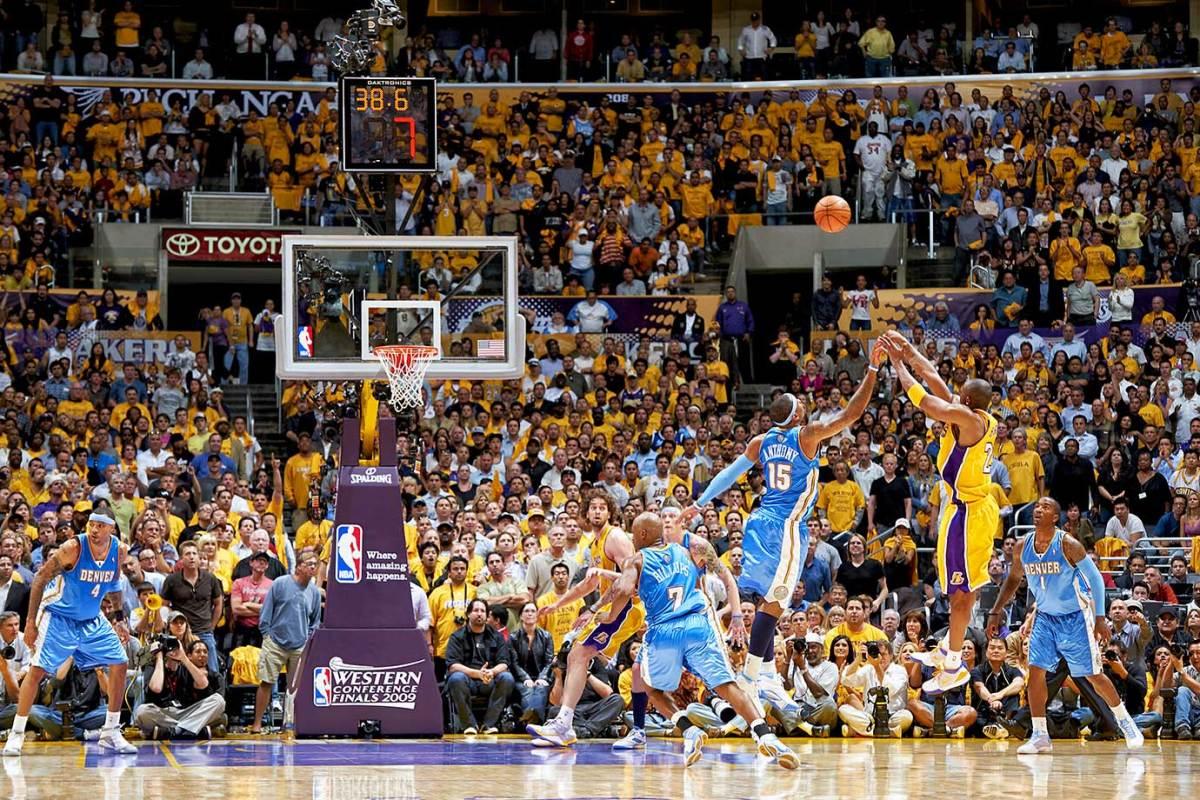 2009-0519-Kobe-Bryant-Carmelo-Anthony-opme-5440.jpg