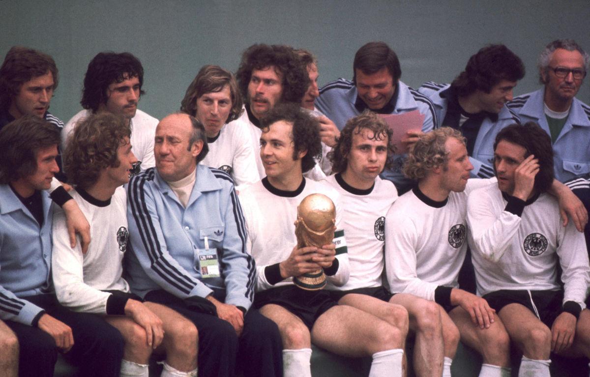 deutschland-weltmeister-1974-5aec8c453467ac72bf000003.jpg