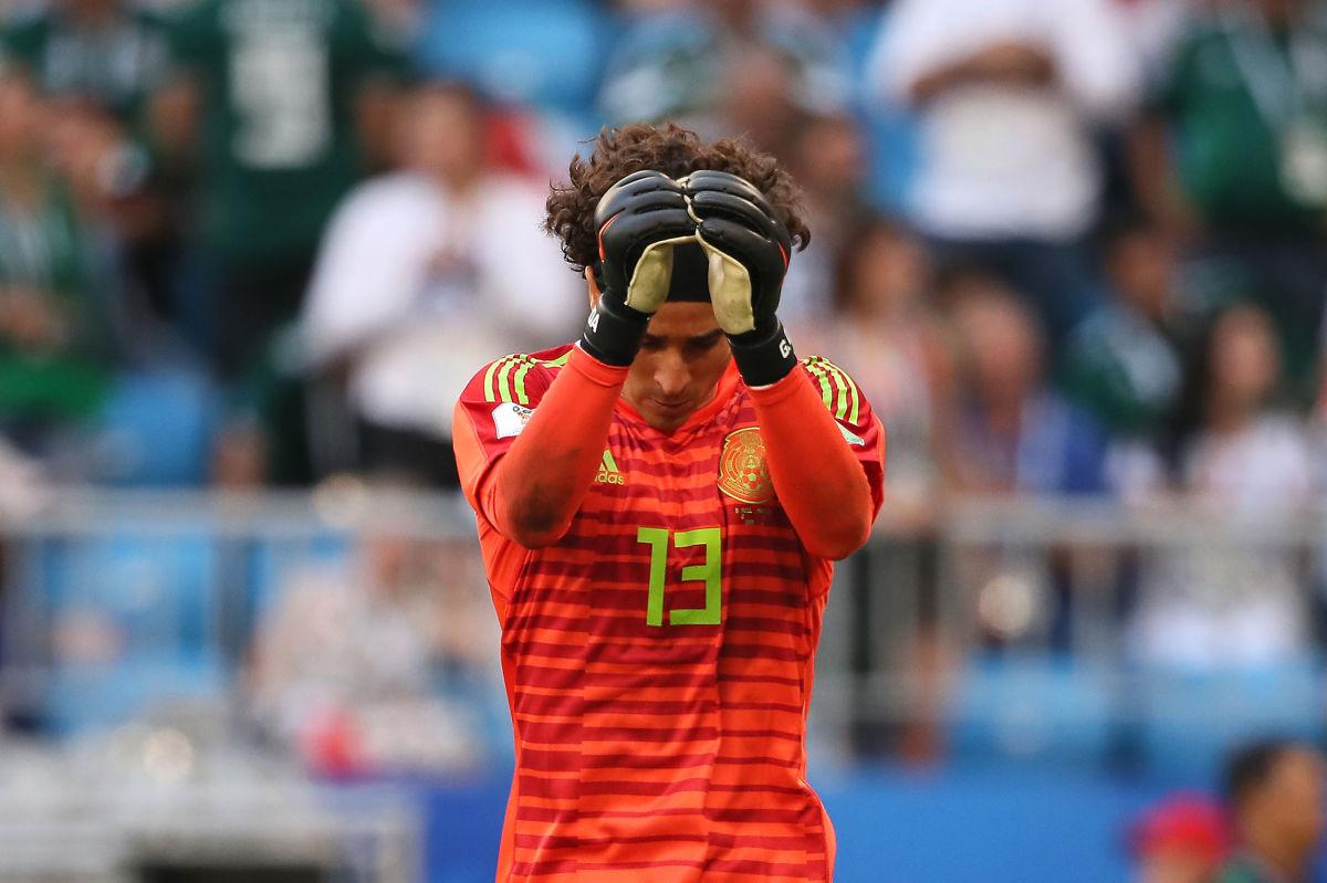 brazil-v-mexico-round-of-16-2018-fifa-world-cup-russia-5b3d7ab5f7b09da35200000d.jpg