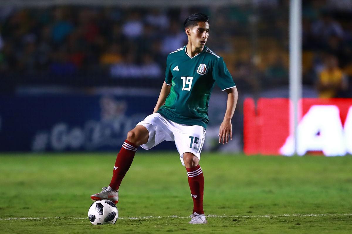 mexico-v-costa-rica-international-friendly-5be99cfaffe5fe269d000019.jpg