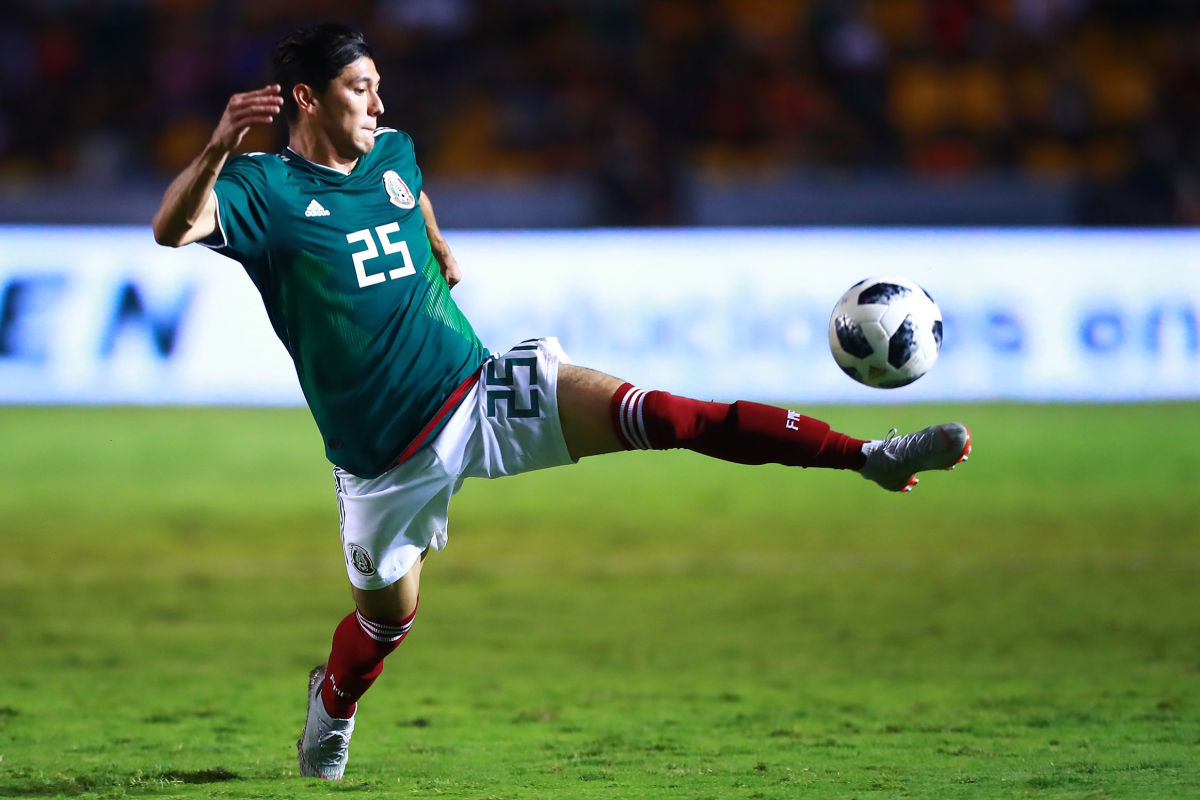 mexico-v-costa-rica-international-friendly-5be9a42bbd774d395c000001.jpg