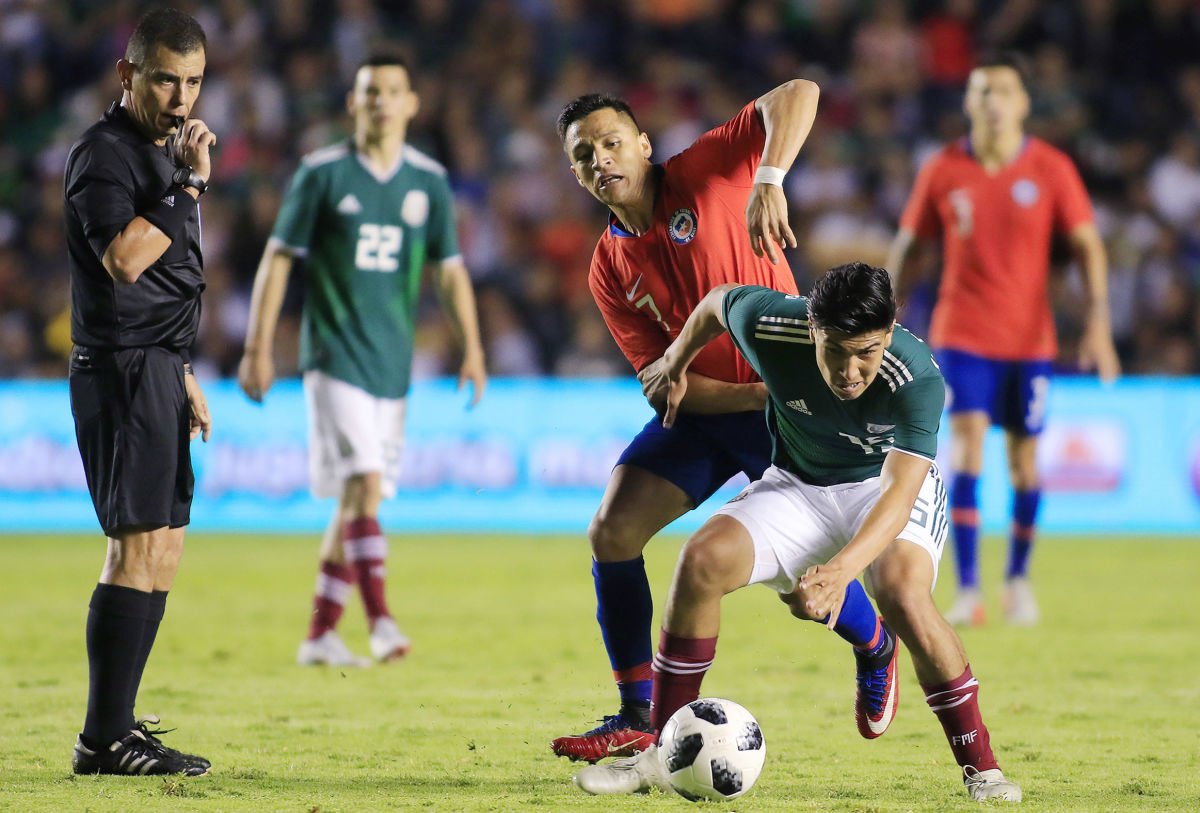 mexico-v-chile-international-friendly-5be99e688a720001bc000001.jpg
