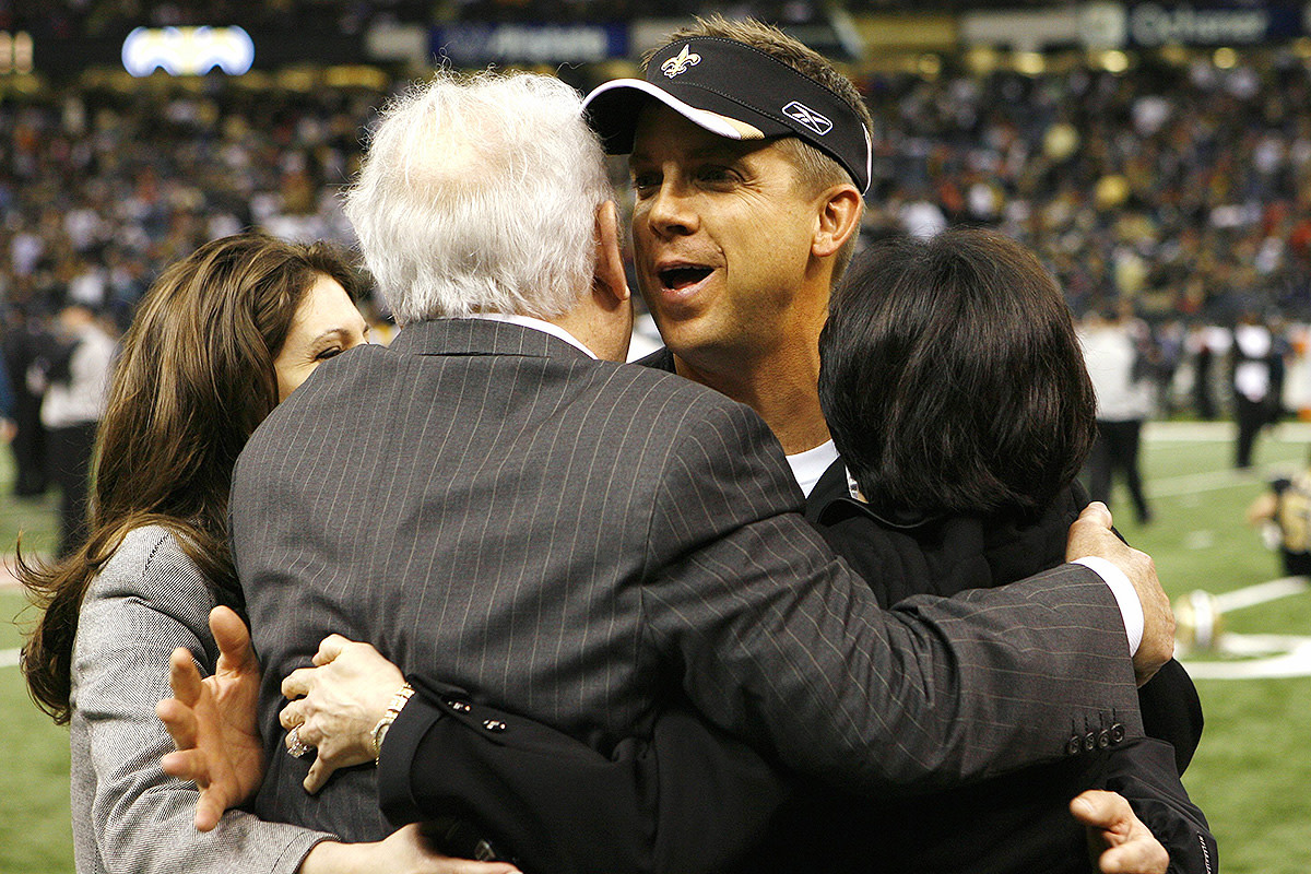 Tom Benson and Sean Payton before the NFC Divisional Playoff game against the Eagles in 2007. The Saints would go on to win that game.