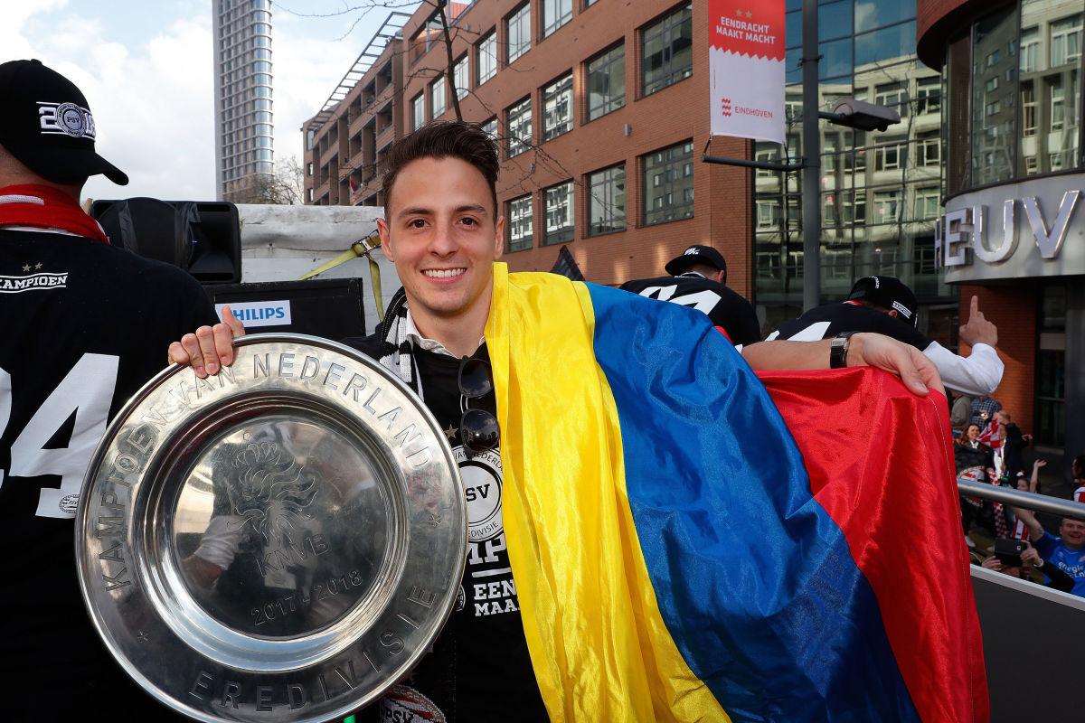 psv-champions-parade-5b5c5e623467ac311e000013.jpg