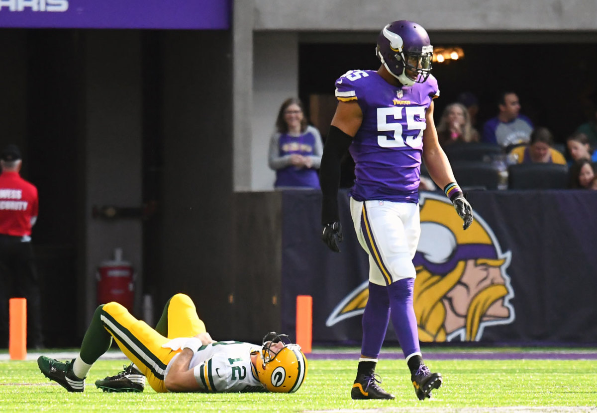 Anthony Barr's hit on Aaron Rodgers knocked the Packers QB out for the rest of 2017.