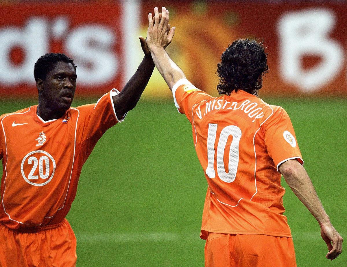 dutch-midfielder-clarence-seedorf-l-c-5b3ca9a4f7b09d5e61000007.jpg