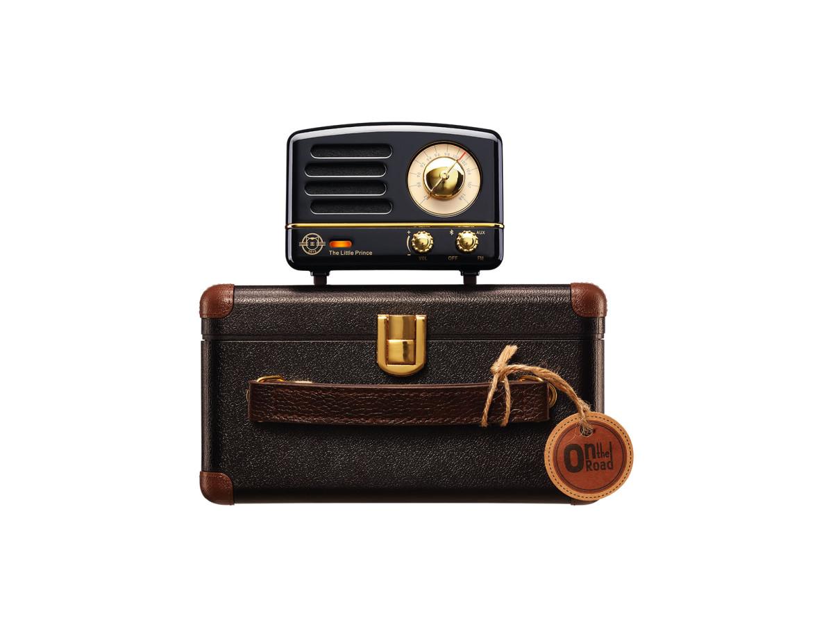 wireless-desk-radio.jpg