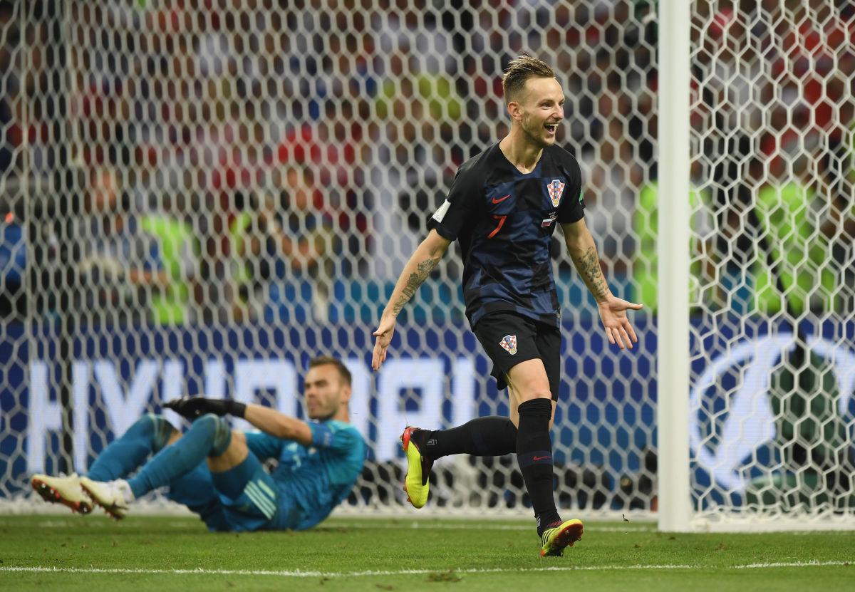 russia-v-croatia-quarter-final-2018-fifa-world-cup-russia-5b41cad1f7b09dd3bb00001b.jpg