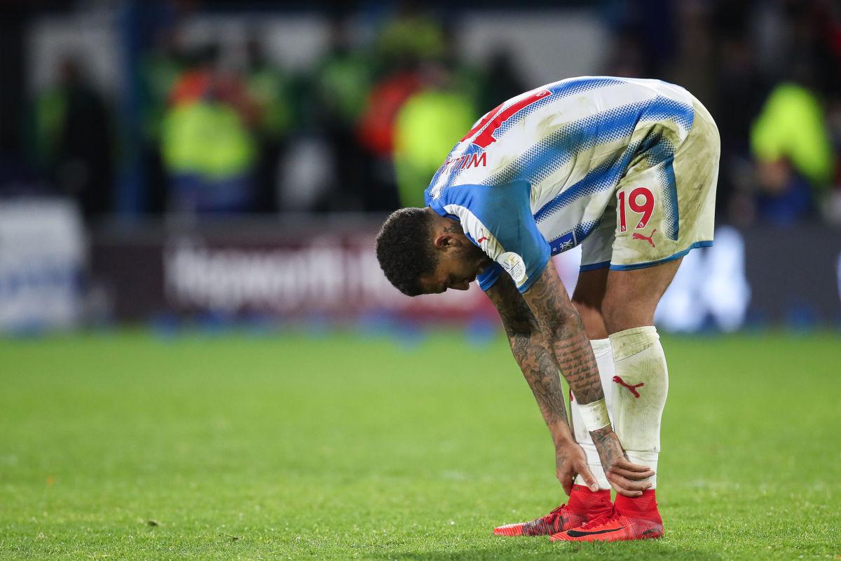 huddersfield-town-v-manchester-city-premier-league-5b7ee72af3e9166e30000011.jpg