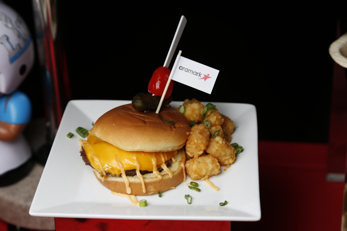612 Burger w Tots.JPG