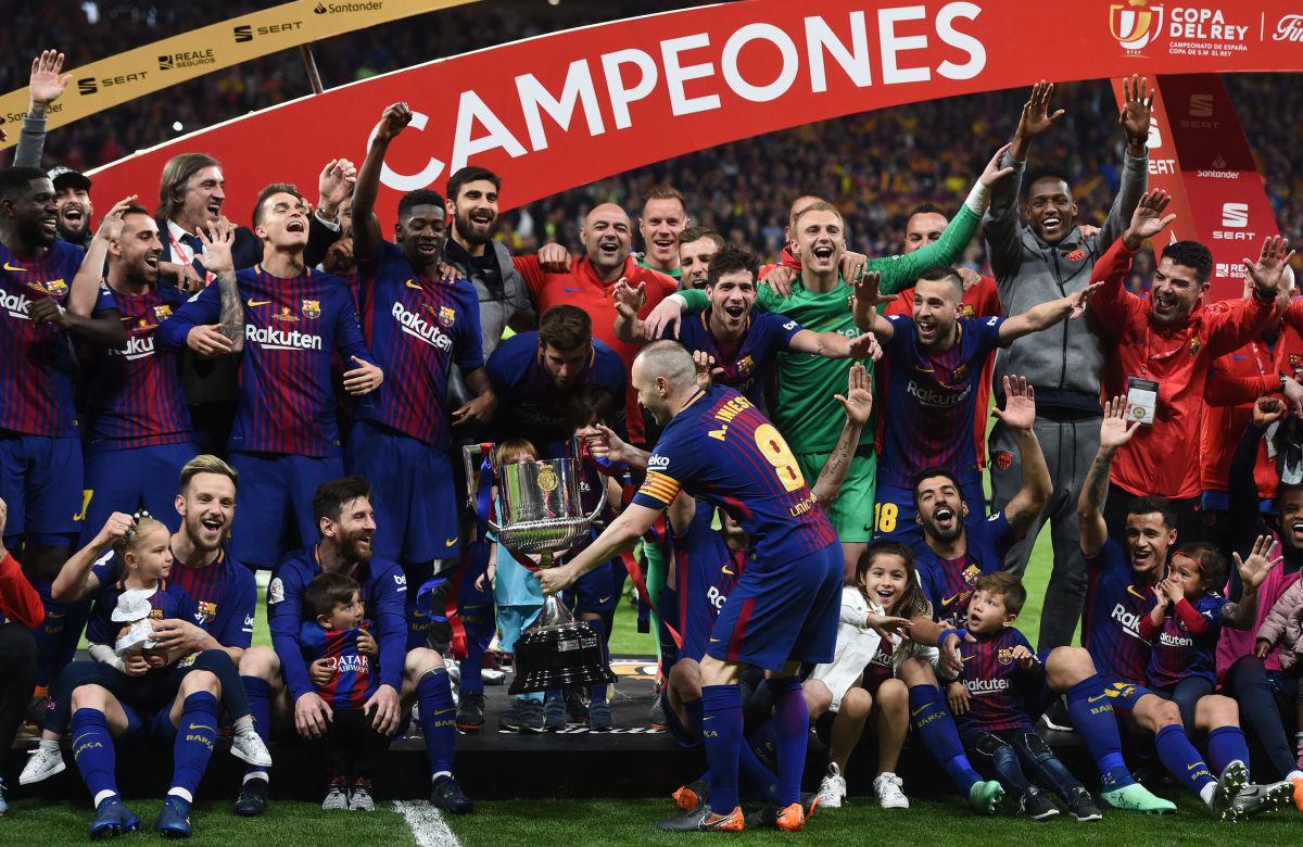 barcelona-v-sevilla-spanish-copa-del-rey-final-5b438a3473f36cd96b000008.jpg
