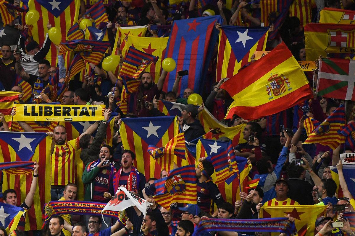 barcelona-v-sevilla-spanish-copa-del-rey-final-5b438a5e347a02403a00000e.jpg