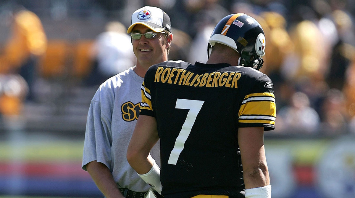 """""""He'll meet me haflway out on the field to answer a question,"""" Roethlisberger said of Maddox in 2005."""