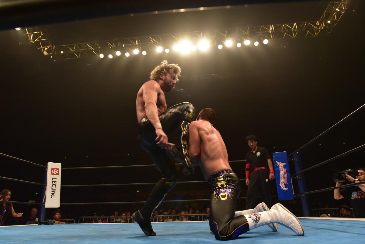 Courtesy NJPW and TV Asahi_Omega V-trigger[1].jpg