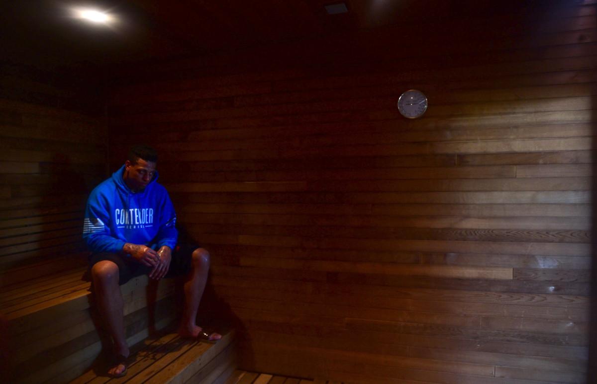 greg-hardy-sauna.jpg