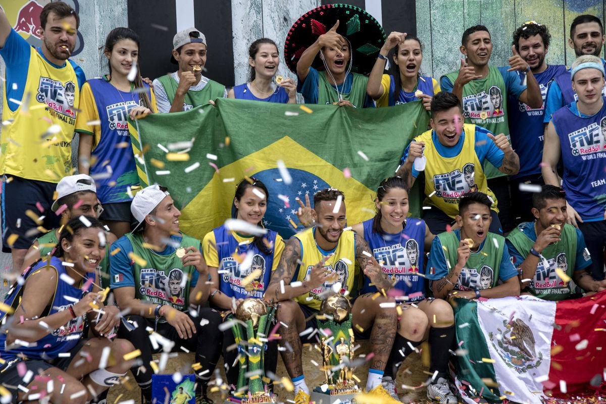 neymar-jr-s-five-world-final-2018-5b5848fa42fc33b4e1000004.jpg