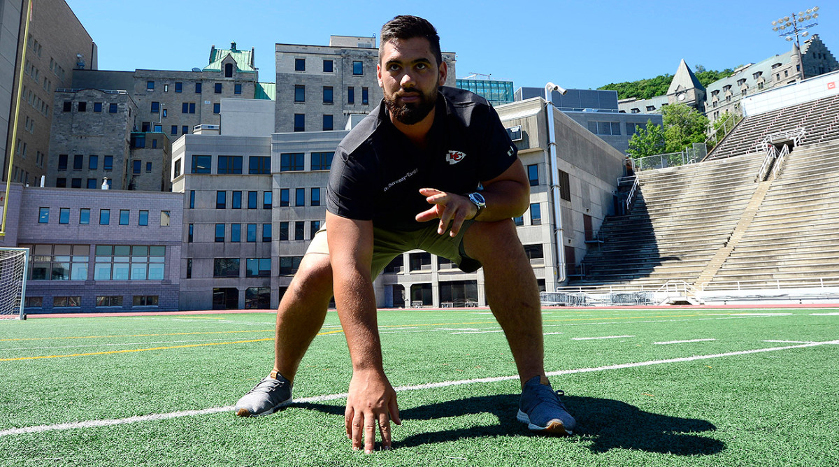Duvernay-Tardif initially didn't play for the McGill University team, but he realized that he needed football to help him stay balanced during his studies.