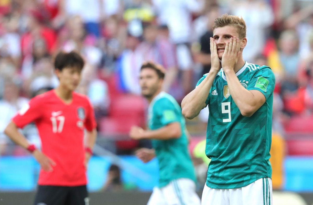 korea-republic-v-germany-group-f-2018-fifa-world-cup-russia-5b33aa277134f6d5a8000024.jpg