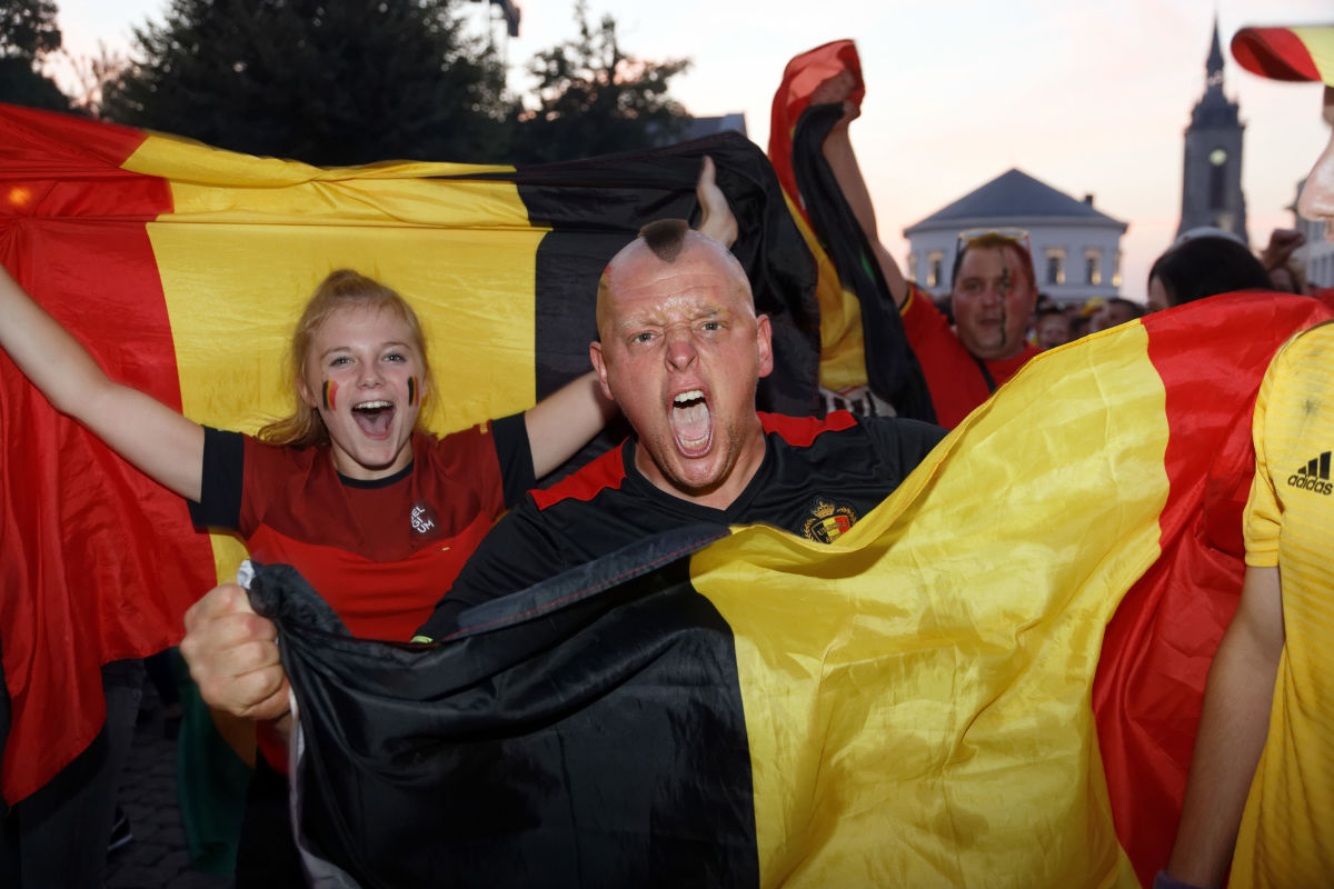 ambiance-at-the-fan-zone-fifa-wc-belgique-vs-brasil-in-tournai-5b402875f7b09d9c2e000004.jpg