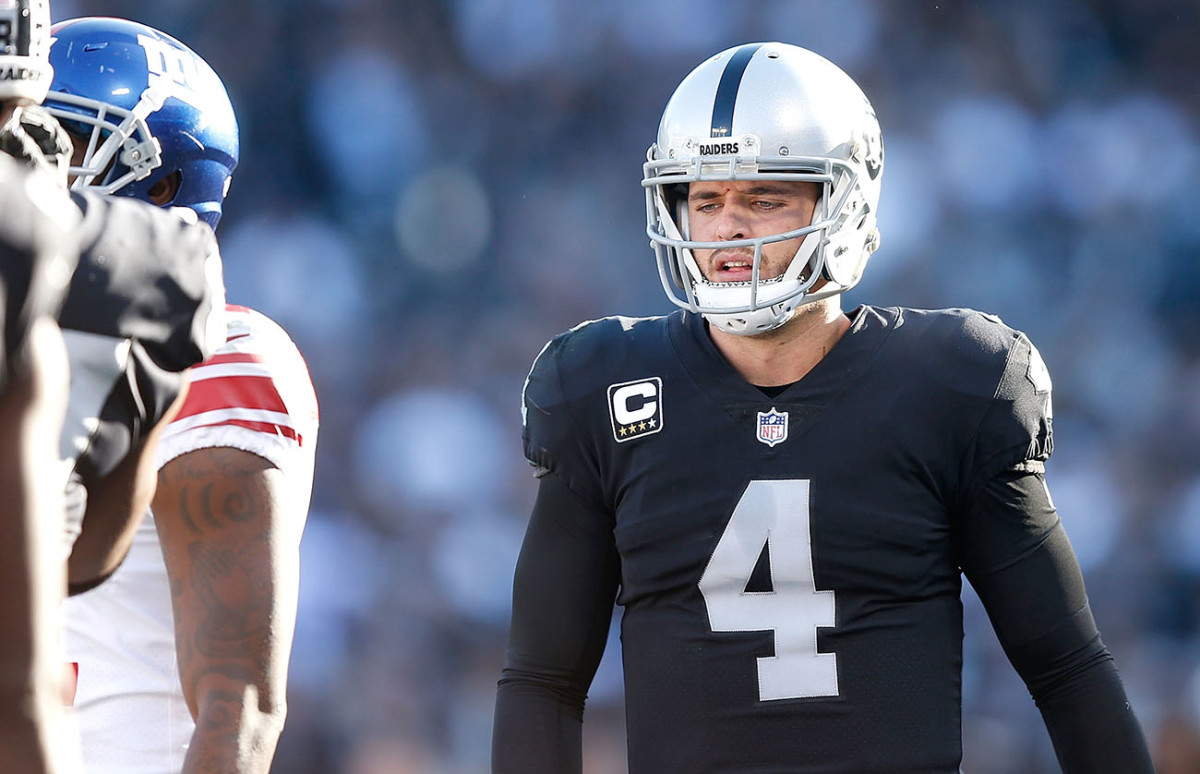 derek-carr-disappointing.jpg