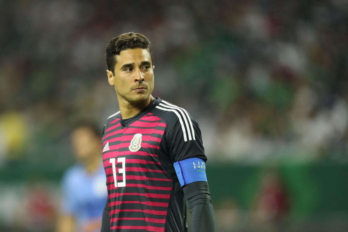 mexico-v-uruguay-international-friendly-5bfc2f76676a50a227000004.jpg