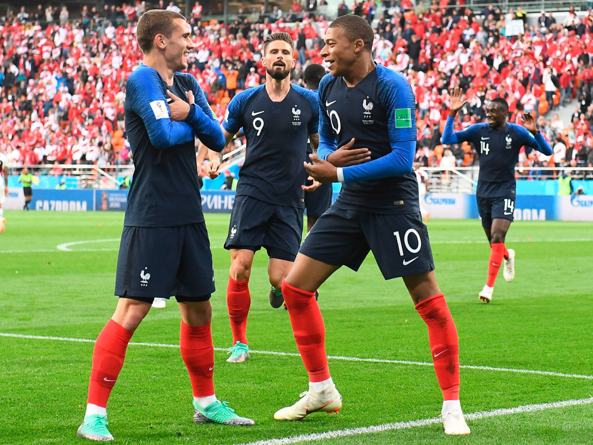 france-mbappe-griezmann-giroud-world-cup.jpg