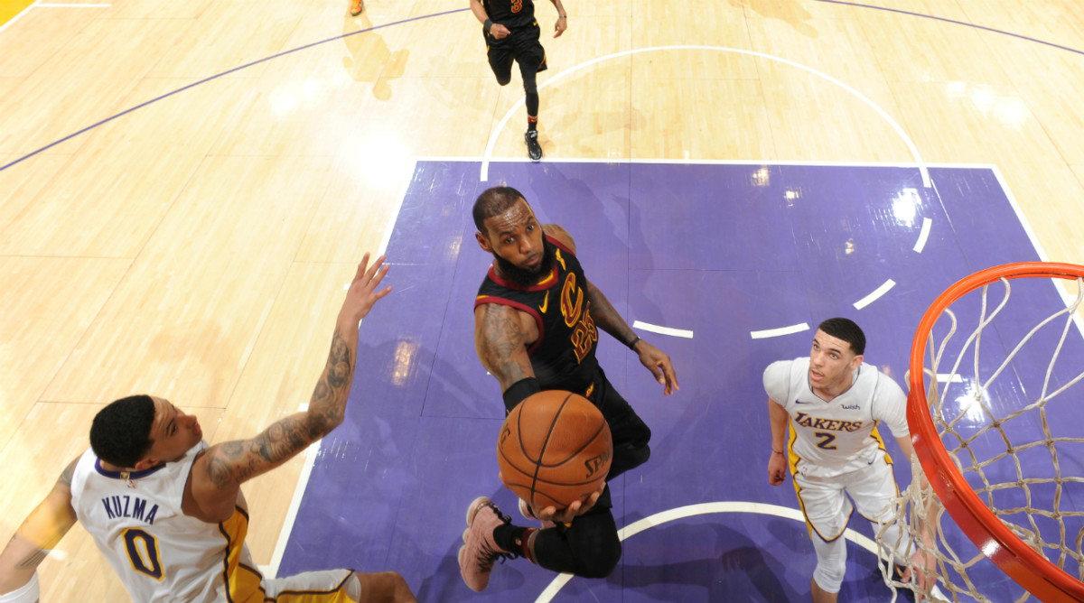 lebron-james-lakers-march-11.jpg