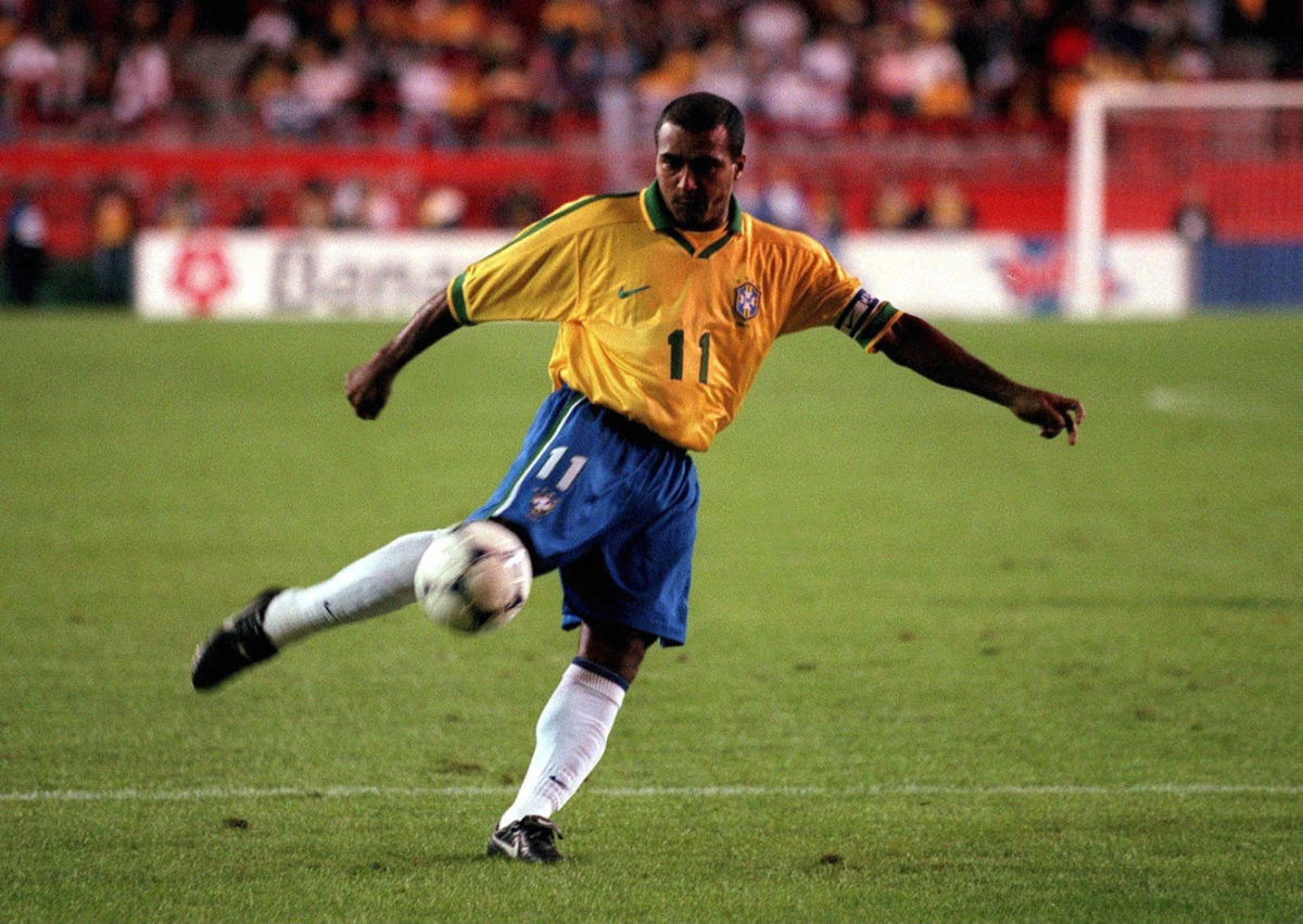 fussball-nationalmannschaft-brasilien-miami-03-02-98-5bc19fbb126aa19533000008.jpg