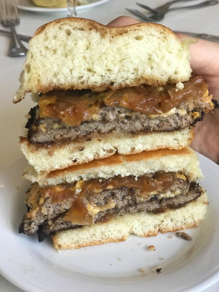 pat-la-frieda-burger.jpg