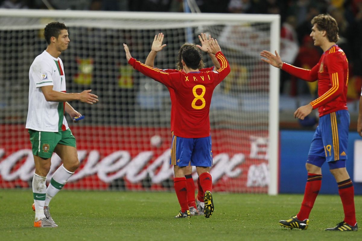 portugal-s-striker-cristiano-ronaldo-l-5b0eb91f3467ac50ca000003.jpg