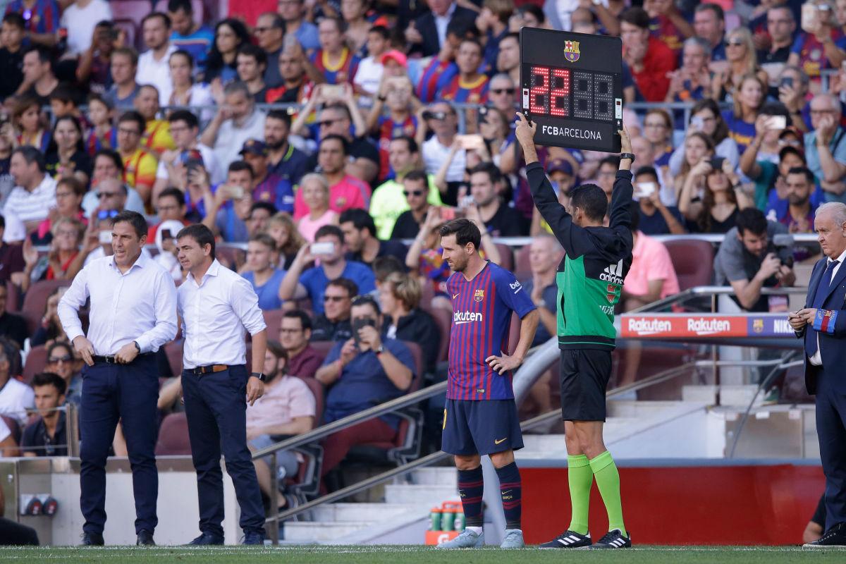 fc-barcelona-v-athletic-de-bilbao-la-liga-santander-5bb08ddaf4f212b9d1000001.jpg