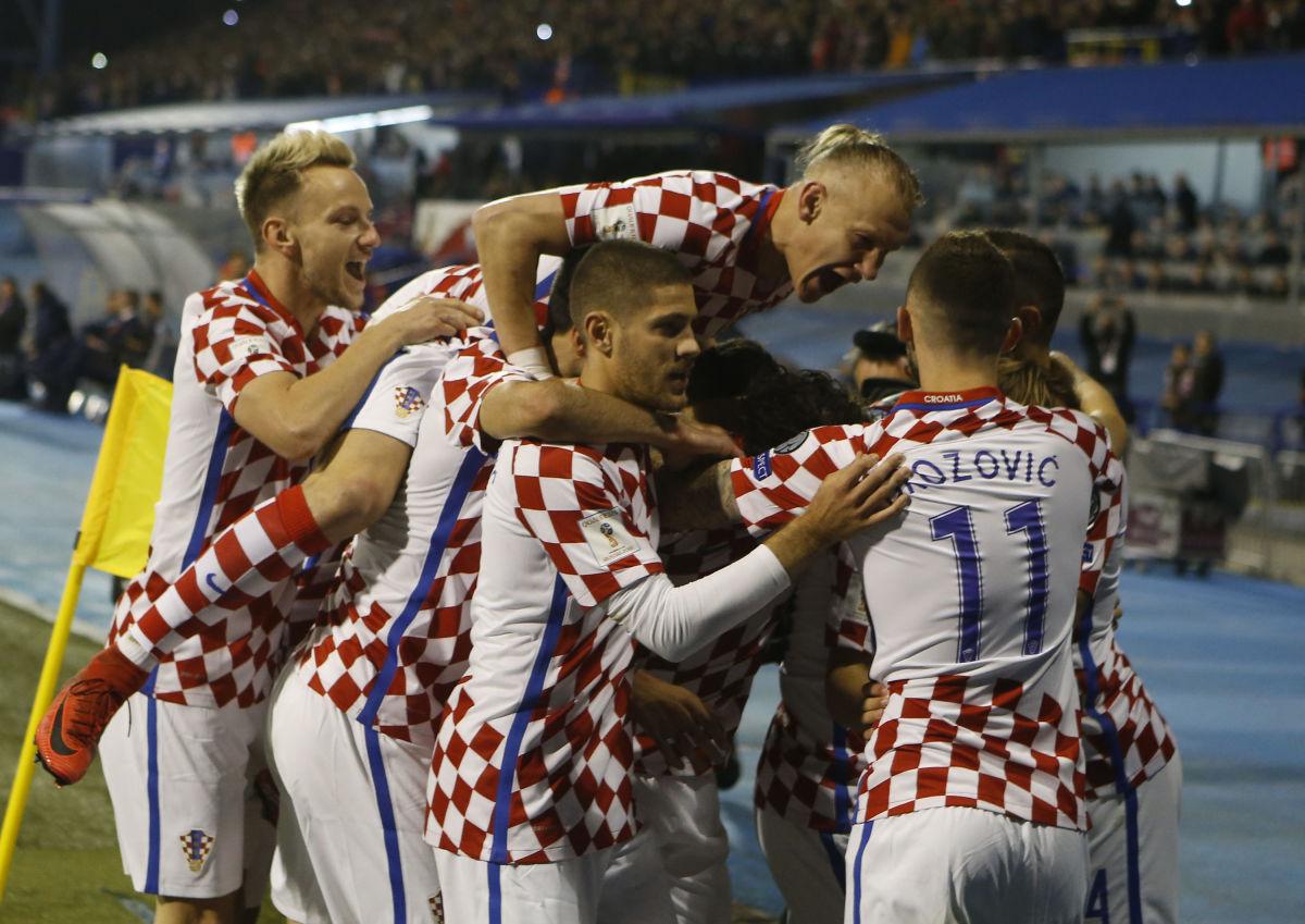 croatia-v-greece-fifa-2018-world-cup-qualifier-play-off-first-leg-5b11404e3467ac3701000001.jpg