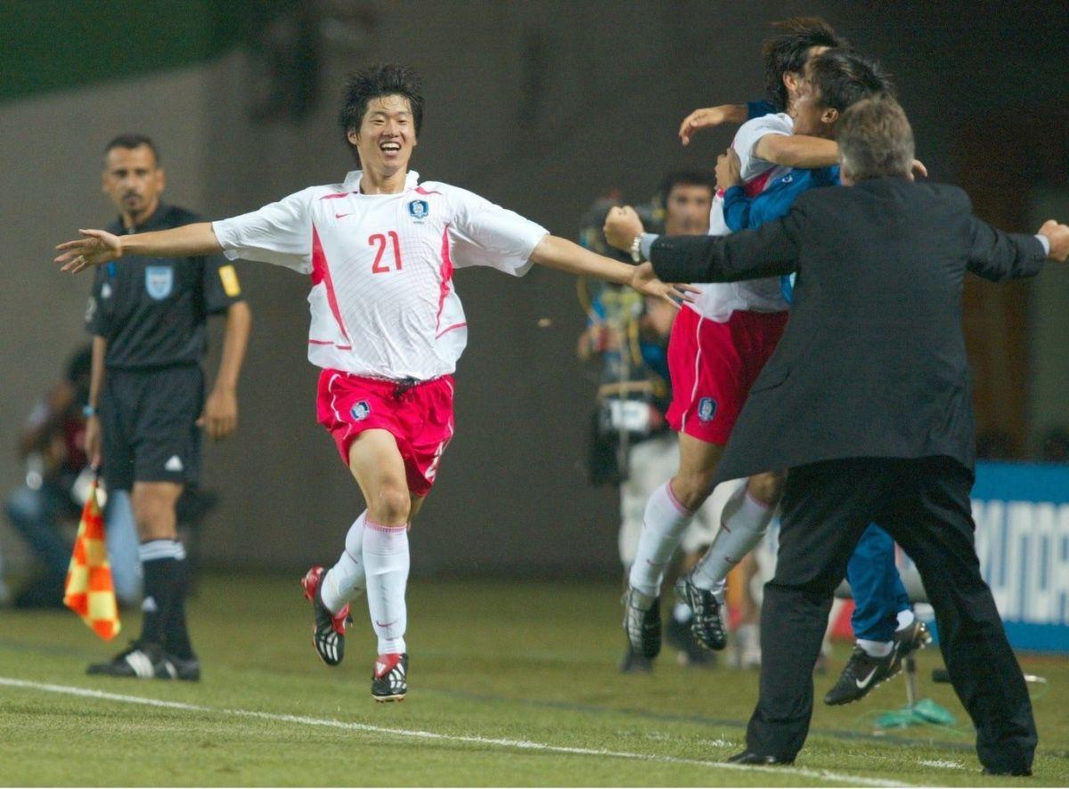 fussball-wm-2002-in-japan-und-korea-5b0826d9f7b09dc797000001.jpg
