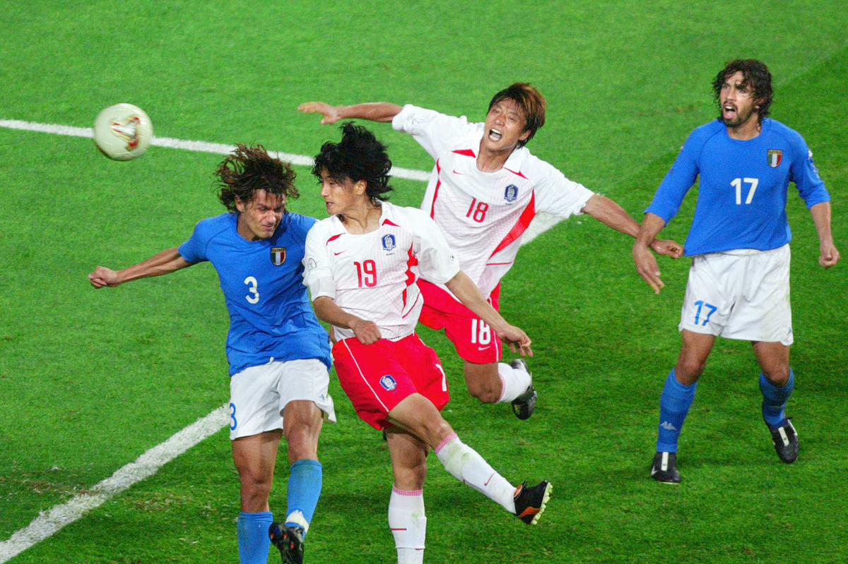 south-korean-midfielder-ahn-jung-hwan-2-5b08270bf7b09dc797000002.jpg