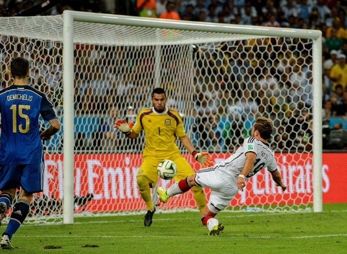 germany-v-argentina-2014-fifa-world-cup-brazil-final-5af715bf7134f66785000002.jpg