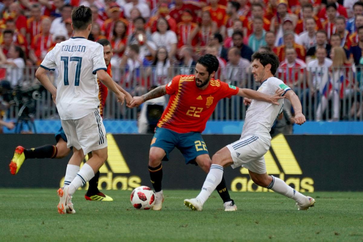 spain-v-russia-round-of-16-2018-fifa-world-cup-russia-5b3b4d7b73f36c153f00008e.jpg