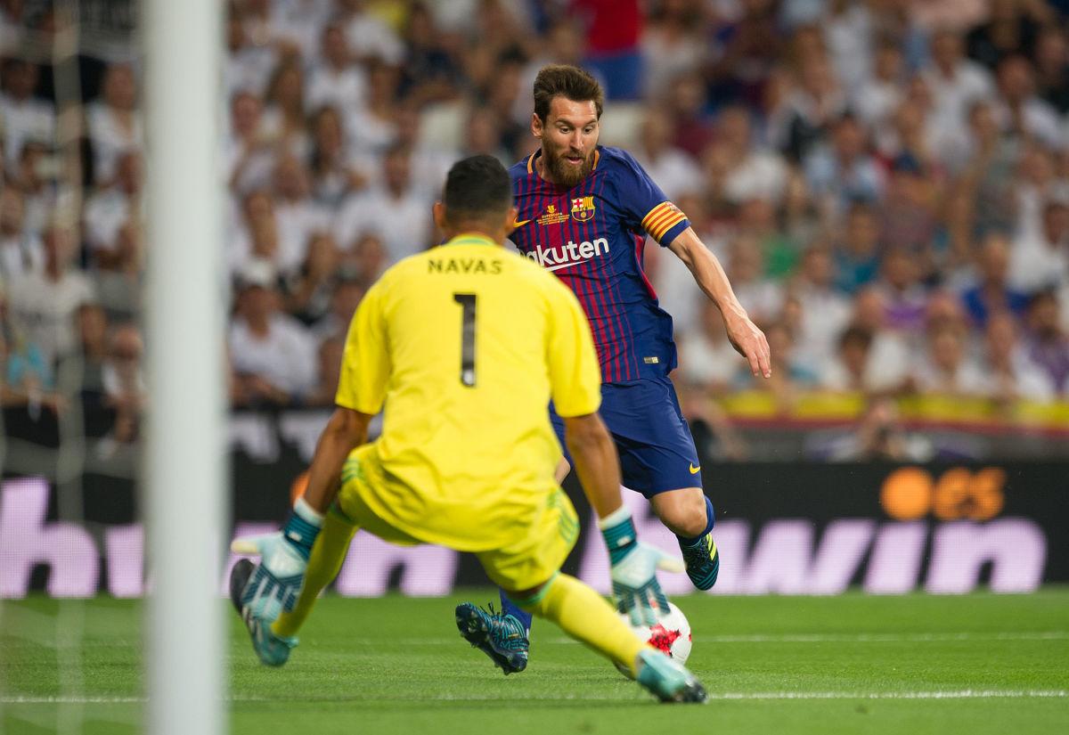 real-madrid-v-fc-barcelona-supercopa-de-espana-2nd-leg-5aead09f0807571466000004.jpg