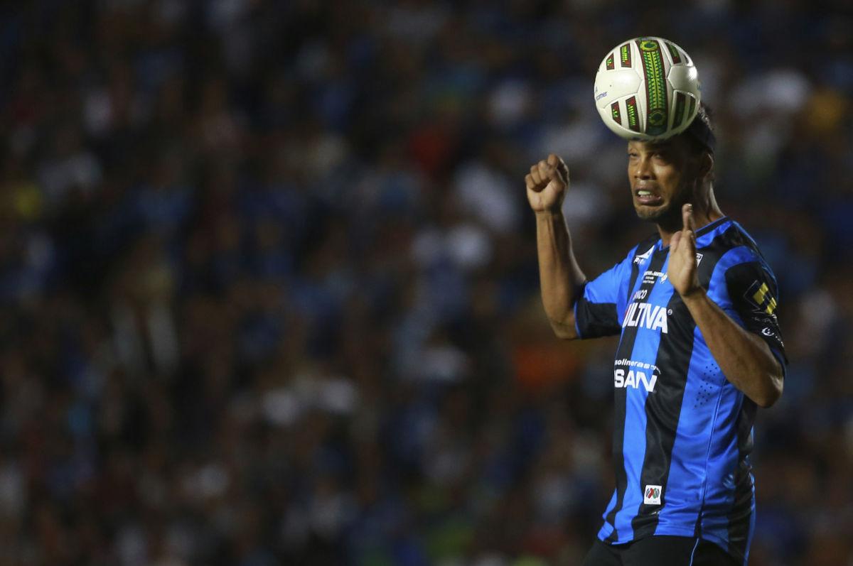 queretaro-v-santos-laguna-playoffs-clausura-2015-liga-mx-5bea9c3013ae9816a1000002.jpg